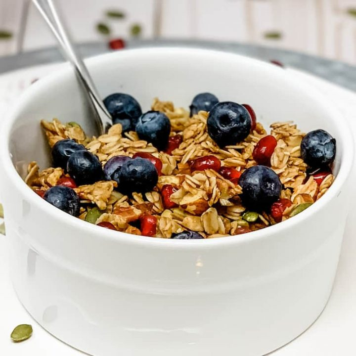 Healthy breakfast with whole grains and fresh berries